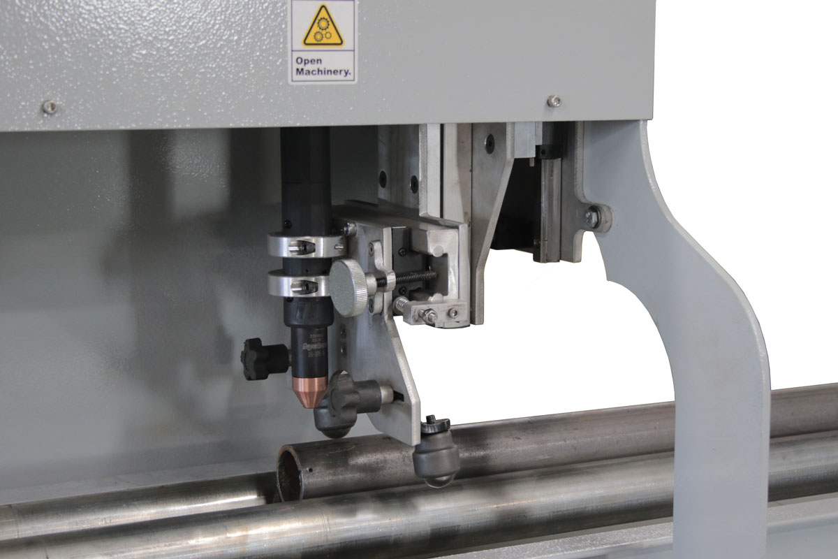 Oversize CNC Pipe Cutter - Torch and Pipe Close Up 02